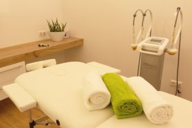 4x Slim-Laser-Therapie/1 Zone Raaba - © Copyright by Best Fitness
